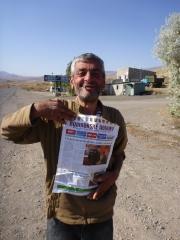 Arménie je země plná překvapení. Kdo by tušil, že jsou místní domorodci vášnivými čtenáři Rumburských novin. Foto: Bra,Ču,Ma